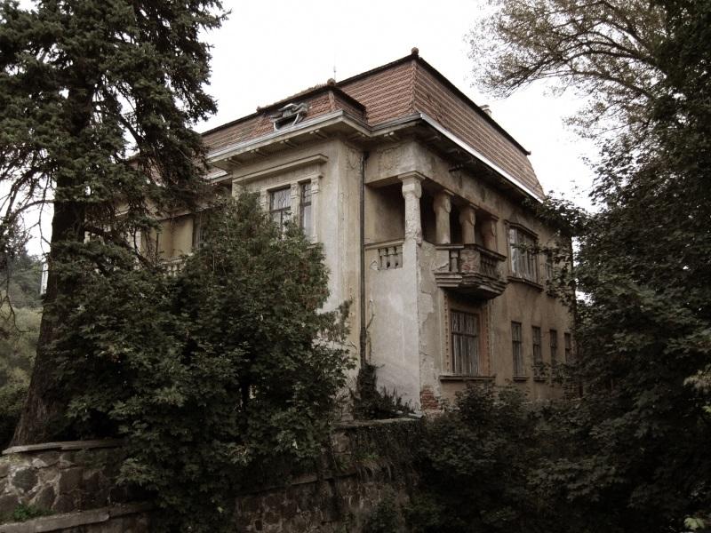 Prvorepubliková vila u splavu, Dolní Kounice