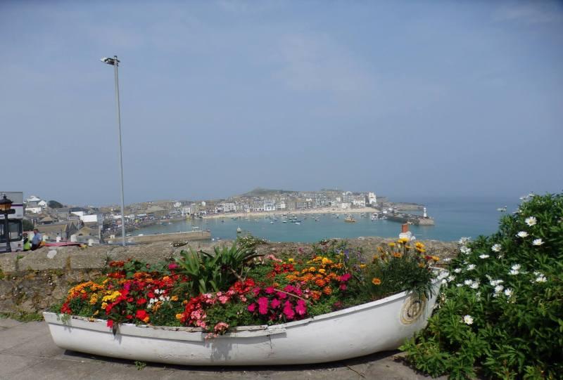 Pohled na přístaviště St. Ives