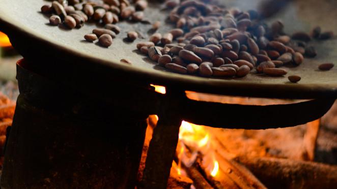 Výroba čokolády v Guatemale podle mayských tradic
