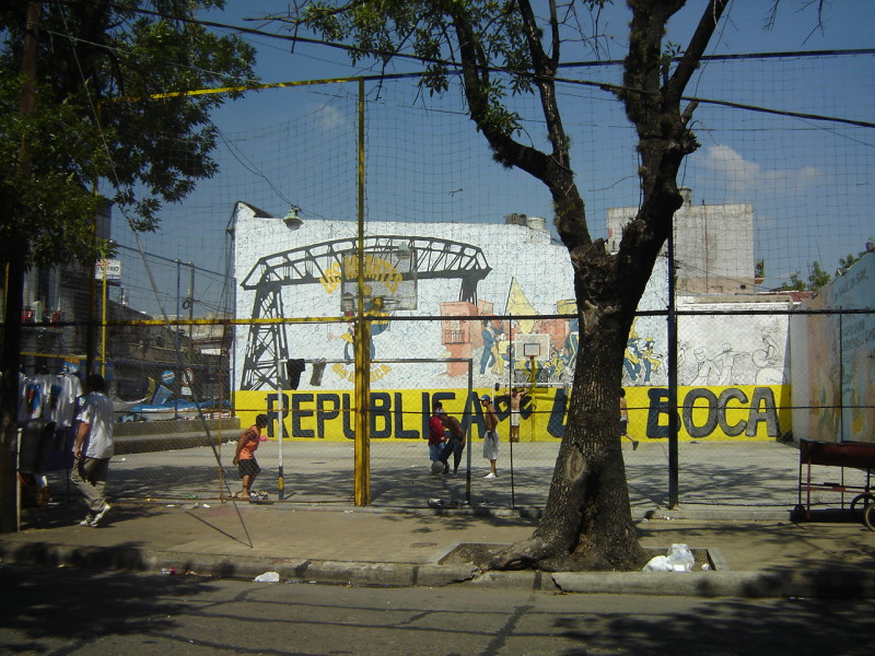 Pouliční fotbálek v Buenos Aires