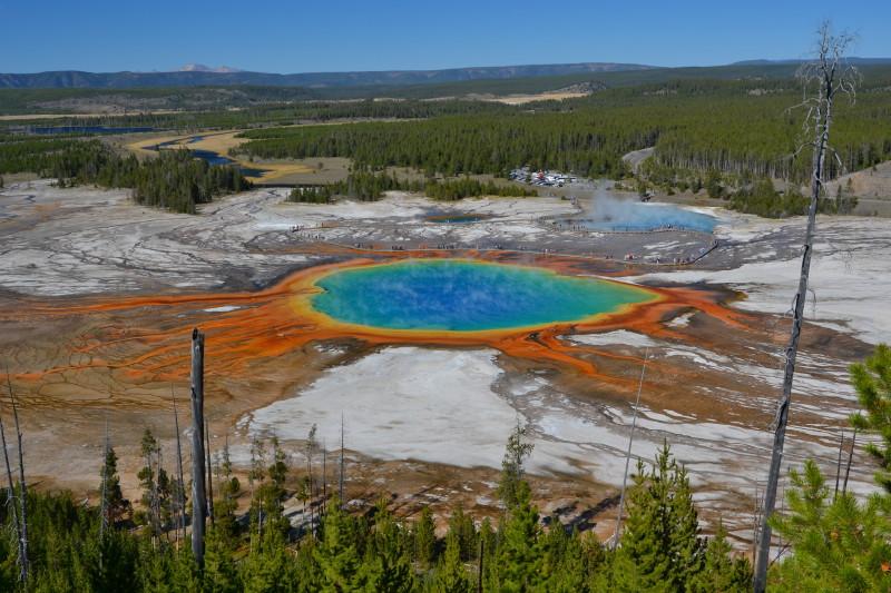 Nejznámější bazén v Yellowstonském národním parku.