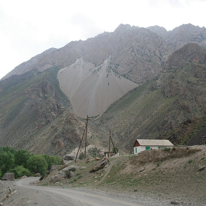 Alajský hřeben, Kyrgyzstán