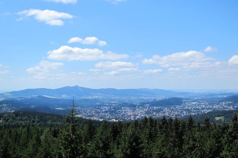 Pohled na Jablonec, Liberec a Ještěd