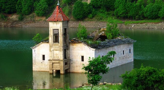 Podivuhodná jezera v Makedonii