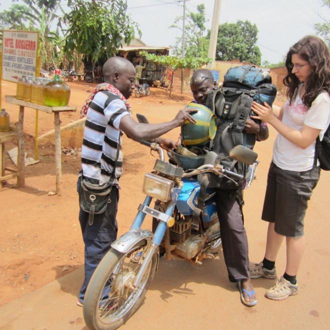 Benzínová stanice v Burkina Faso