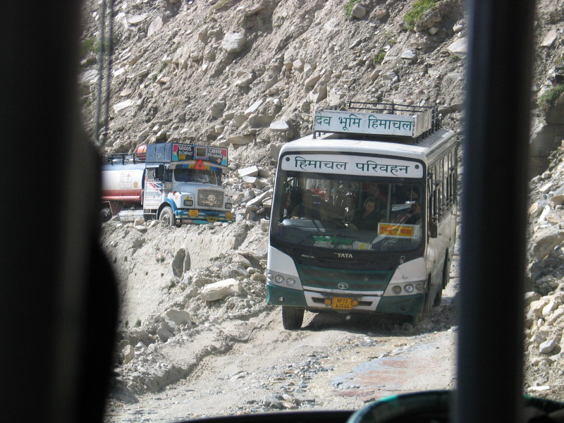 Kolega z Himachal Road Transport Corporation.