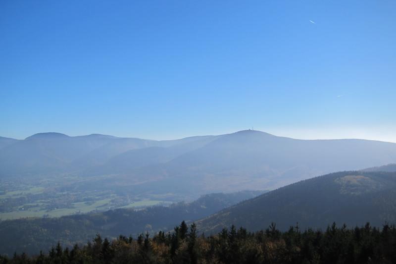 Výhled z rozhledny Velký Javorník