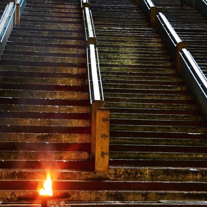 Batu Caves - schodiště k templu