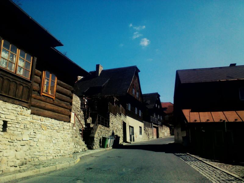 Typické dřevěnky, které jsou součástí městské památkové zóny Štramberka.