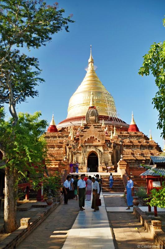 Jedna z mnoha baganských pagod.
