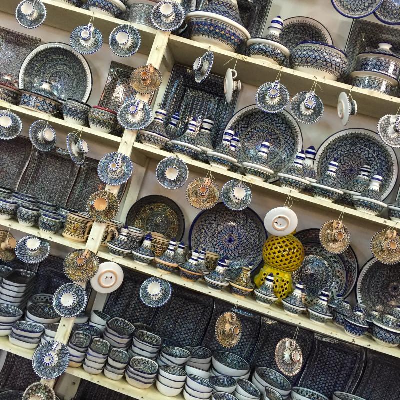 V Tunisku narazíte na spoustu skvělé, ručně vyráběné keramiky.