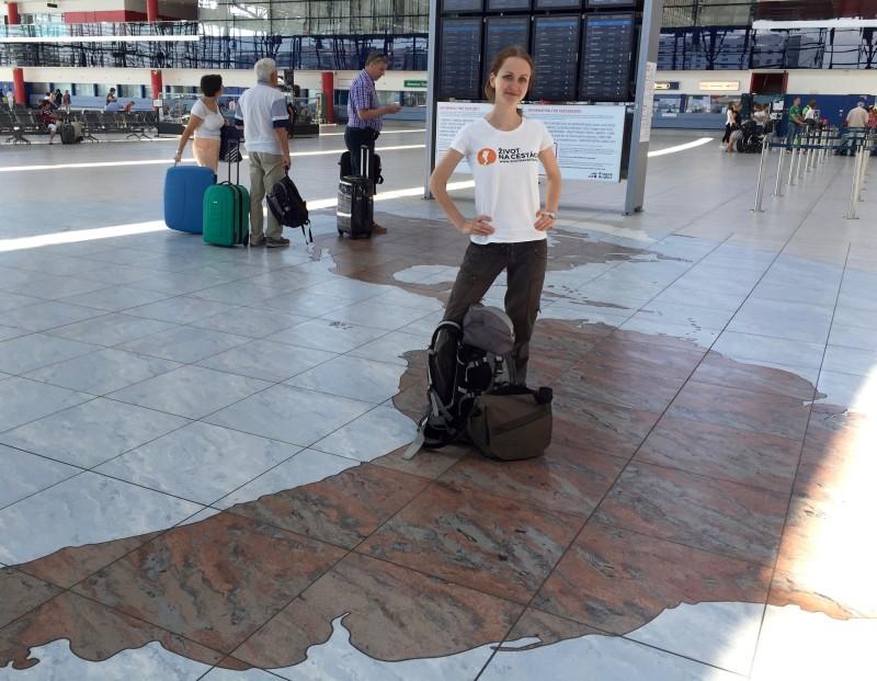 Takhle jsme ještě plní elánu vtipkovali na letišti v Praze, jak je jednoduché dostat se do Peru... Kdybychom tak tušili, co nás všechno čeká...