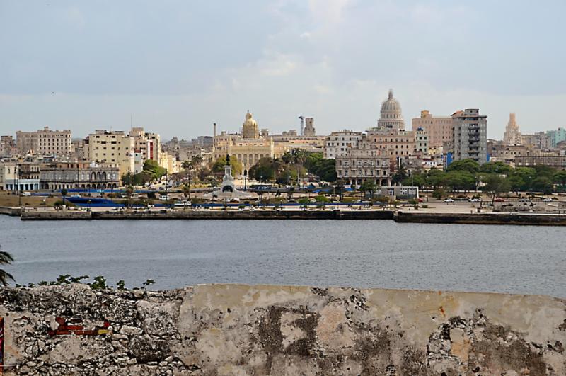Moje cesta Kubou – 2. část (1. den) – Návštěva dvou z nejkrásnějších měst na Kubě – Matanzas a Havany. Havana - pohled na město z pevnosti El Morro.