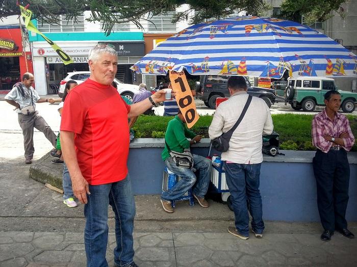 Kolumbie, tinto na ulici