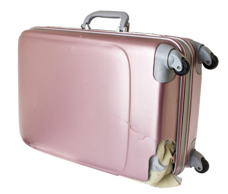 Odškodnění za zpožděný let - zničený cestovní kufr