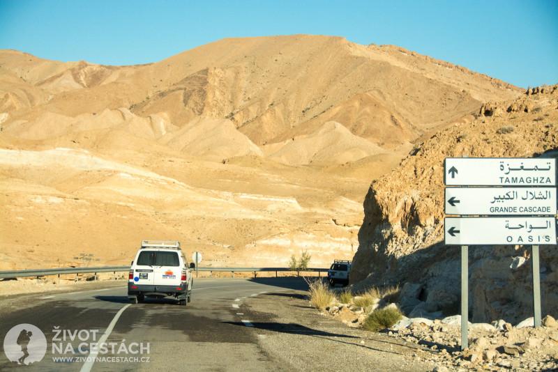 Fotoreport z cesty napříč Tuniskem – Cesta směrem k horské oáze Tamerza.
