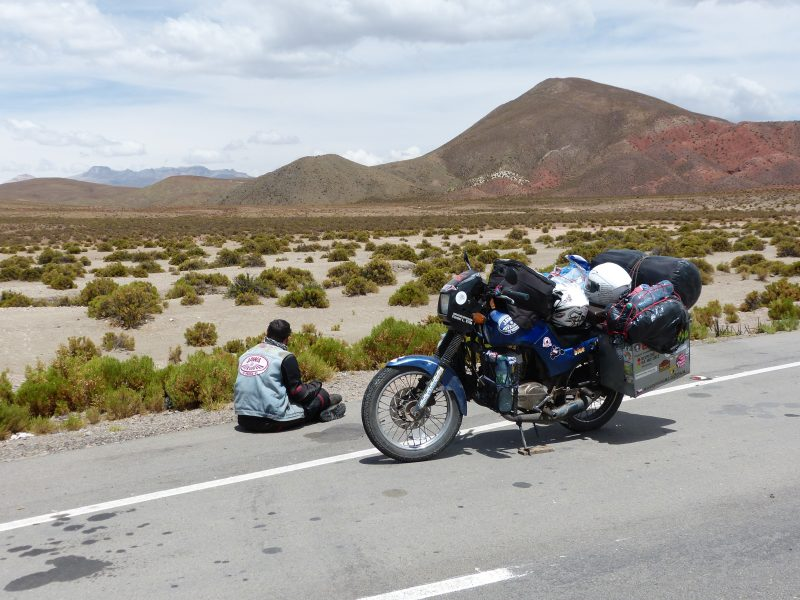 Na Jawě napříč Jižní Amerikou – Bolívie – Ohnivá země – Bolívijské kopce