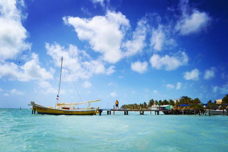 Karibský ráj –Ragga Gal, Caye Caulker, Belize