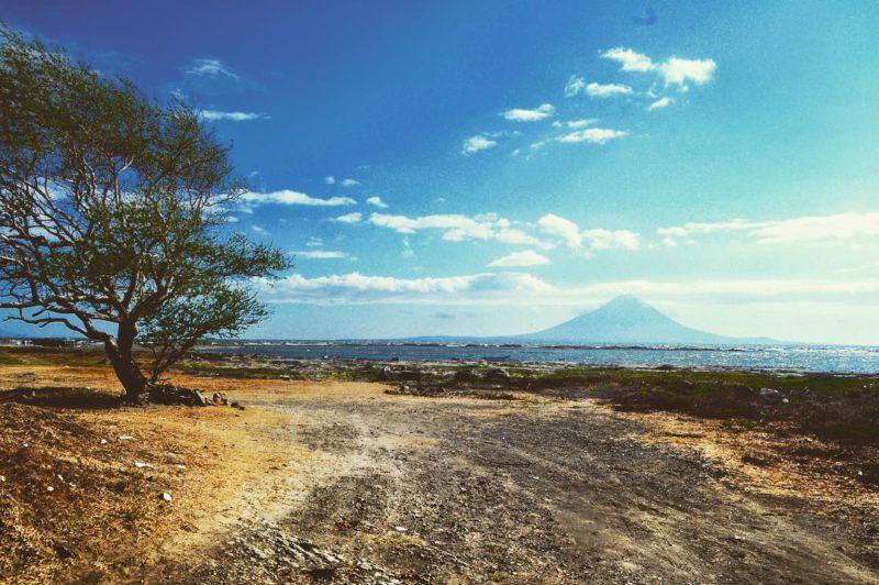 Lago Nicaragua a sopka Concepción na ostrově Ometepe. Pohádkový výhled do báječné země. Nikaragua, duben 2016