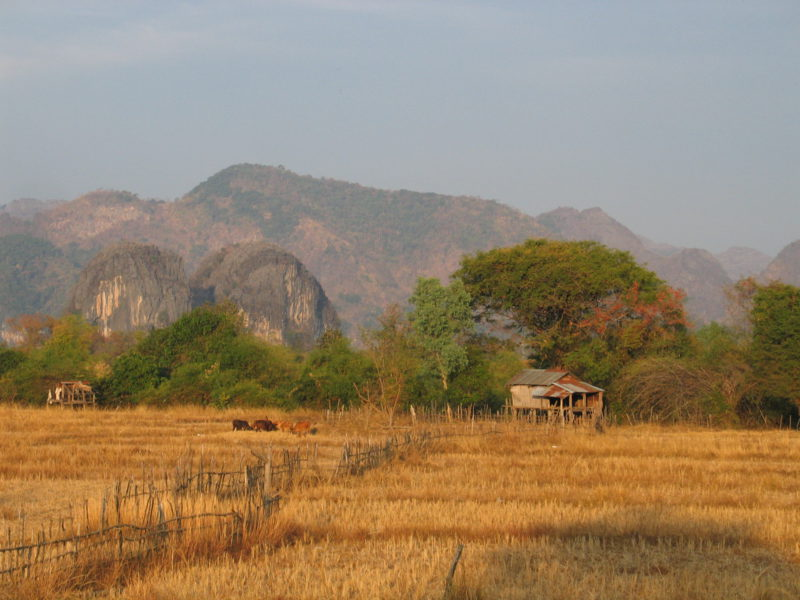 Krajina poblíž Thakhek.