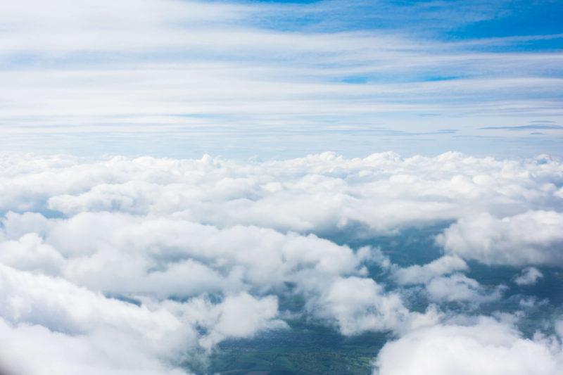 Cestujeme letadlem krok za krokem - nad mraky