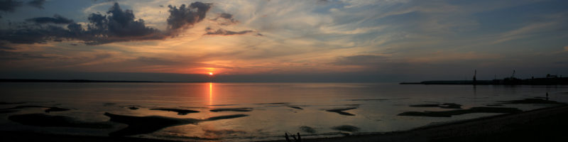 Harský záliv u města Loksa