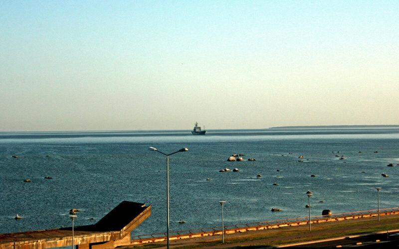 Loď estonského námořnictva v Tallinském zálivu