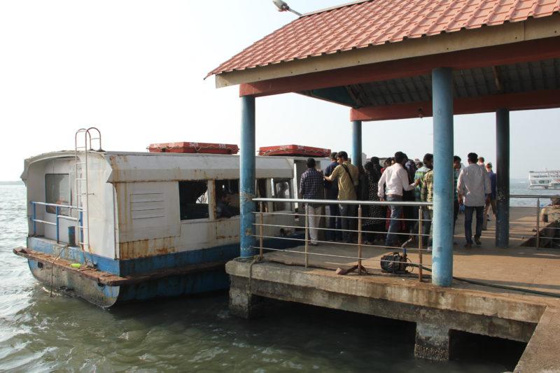 Trajekt mezi Ernakulam a Fort Kochi