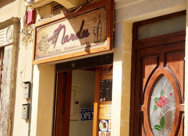 Pizzerie Ta Nardu, kde se výborně najíte.