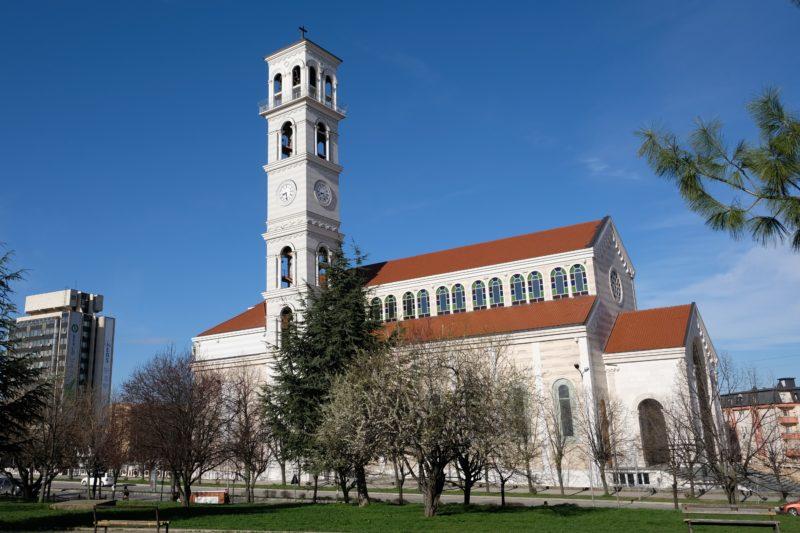 Kаtedrála Blahoslavené Matky Terezy v Prištině