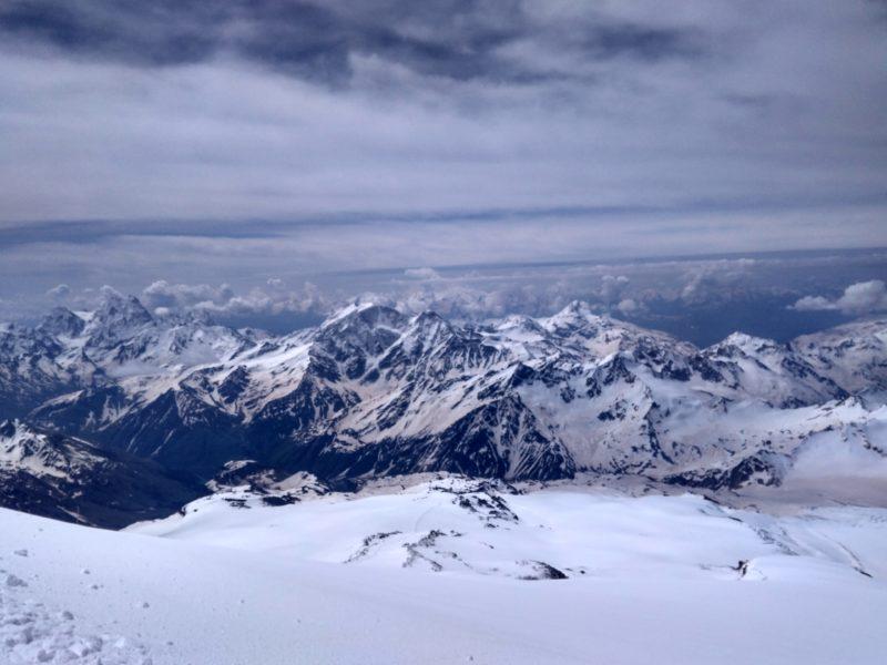 Výhled při stoupání na Elbrus
