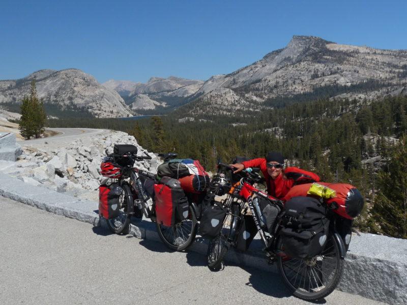 Právě na takových horských trasách se kolikrát nejvíce těšíte na obyčejnou vodu.