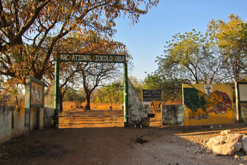 Vjezd do národního parku Niokolo Koba