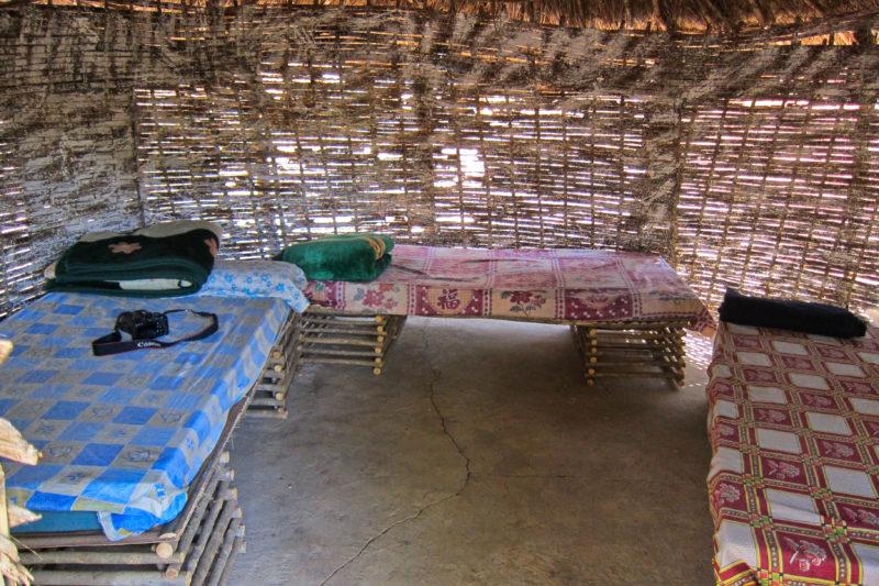 Jednoduché ubytování v kempu Campement du lion