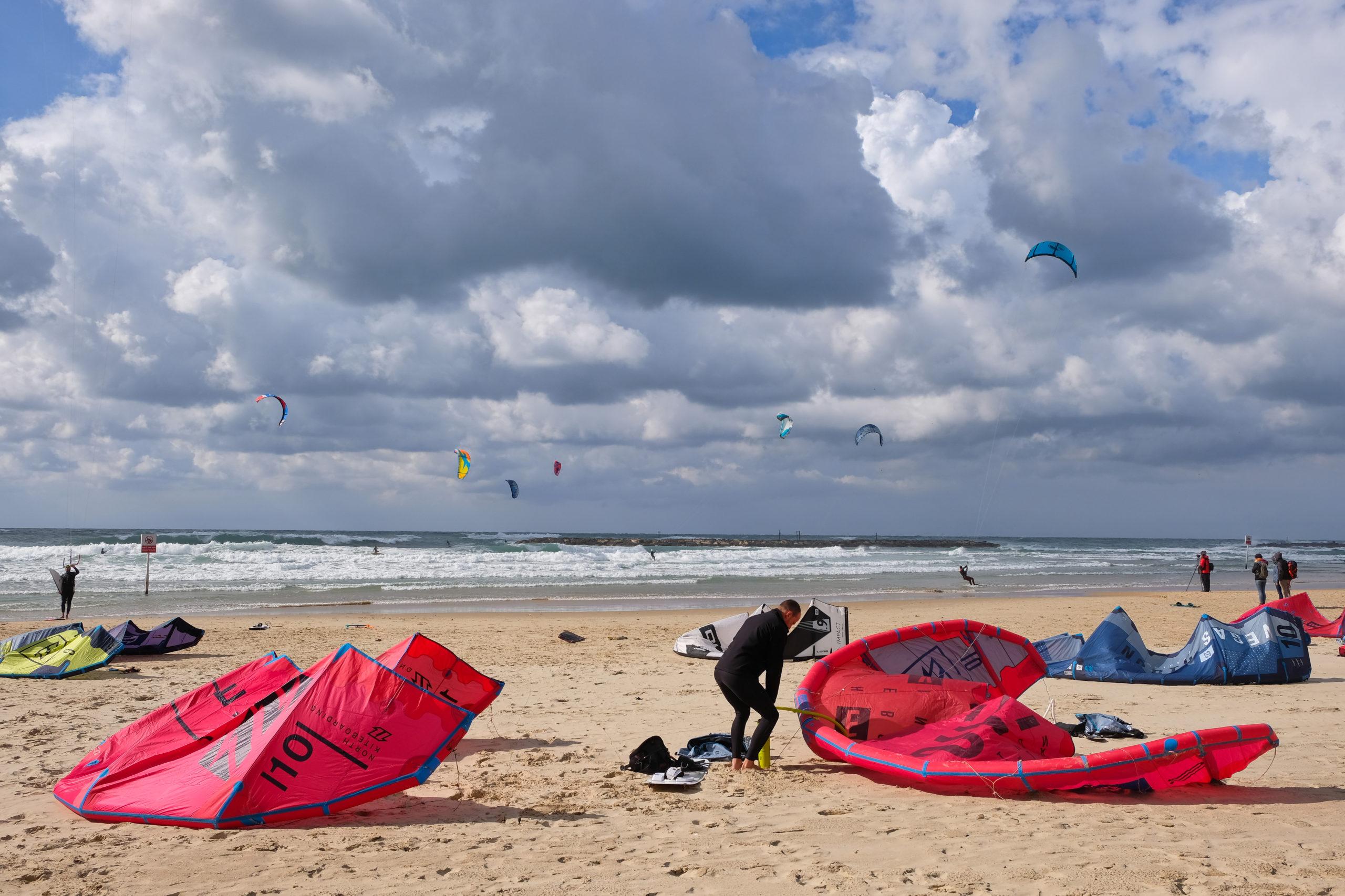 Kitesurfing, Tel Aviv