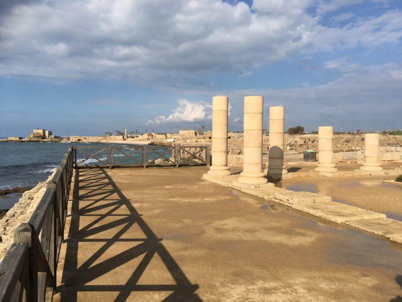 Caesarea - pohled od bývalého Herodova paláce