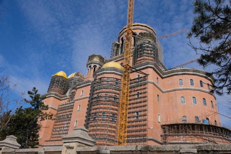 Stavba impozantní národní katedrály