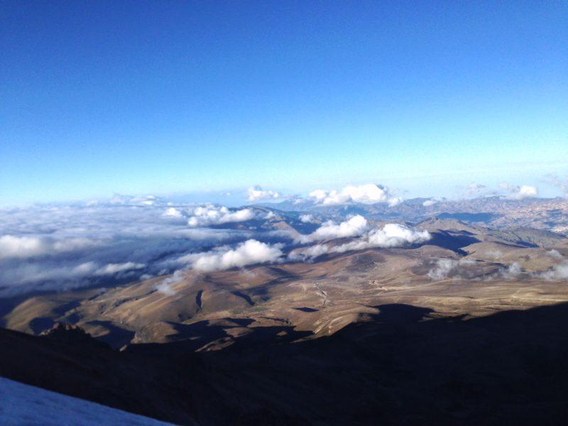 Výhled na pohoří obklopující sopku Chimborazo