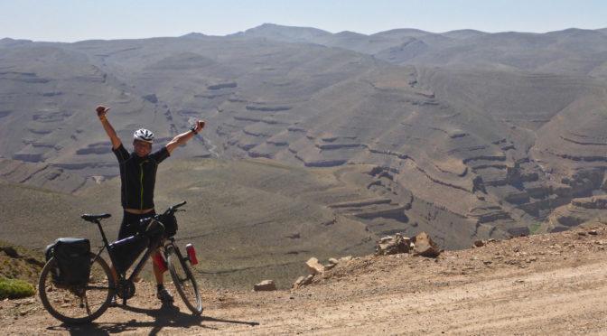 S cyklocestovatelem Radomírem Čížkem přes nejvyšší sedla marockého Atlasu