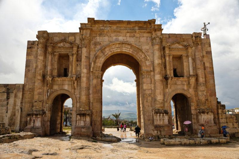 Hadrians gate Jerash