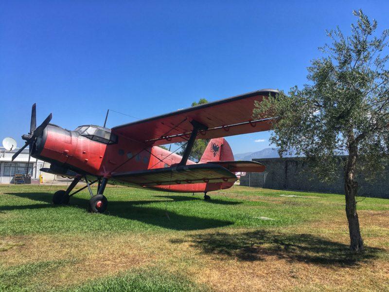 letadlo Albanie